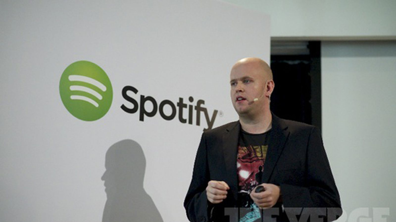 Spotify closes final label deal in preparation to go public