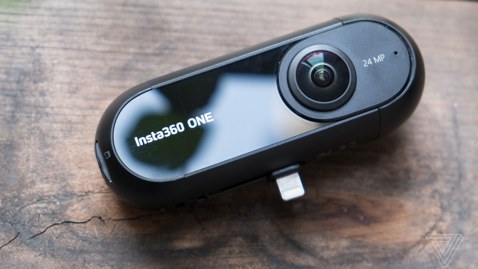 Insta360 One is a 360-degree camera with a really clever trick up its sleeve