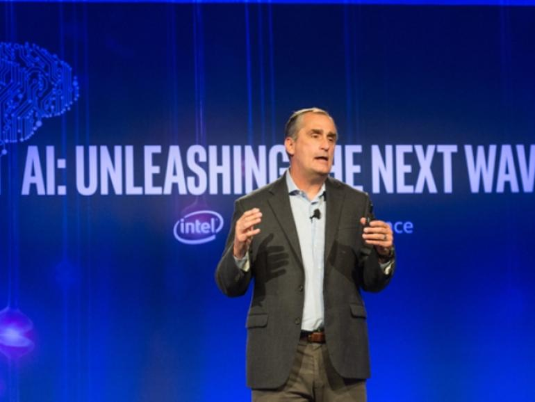 Intel tops Q2 targets, raises outlook