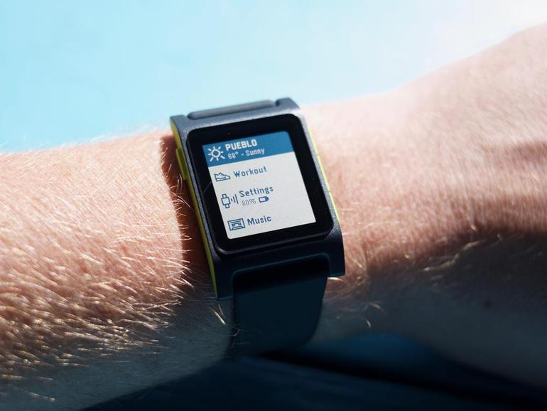 Pebble updates smartphone app to keep watches ticking