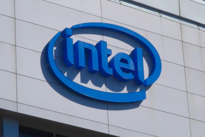 Intel tightens data-center grip with Xeon Scalable Processor platform